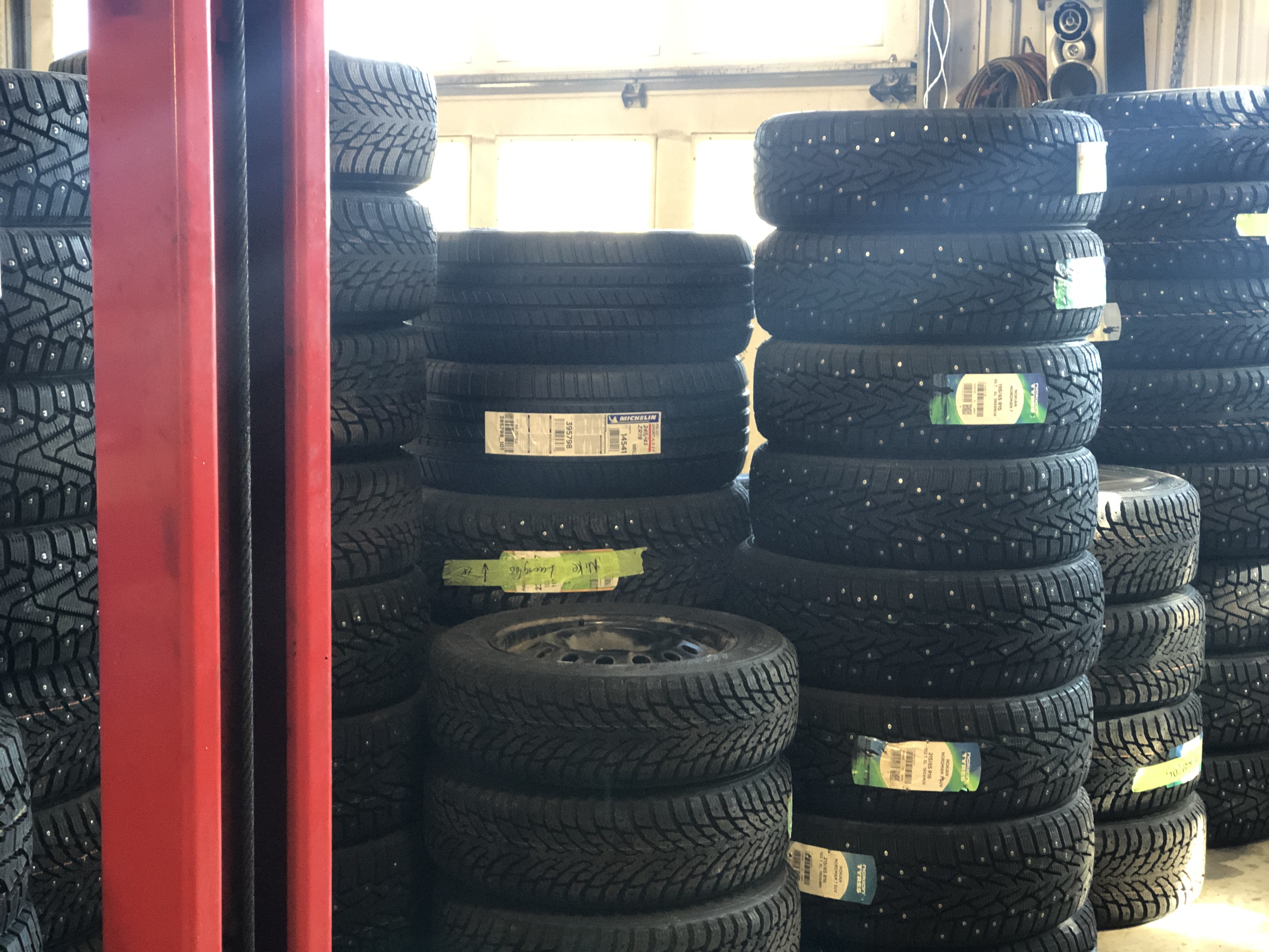 installation pneus automobiles